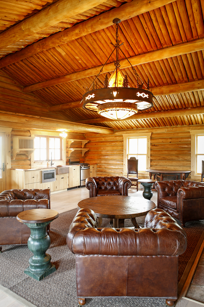 Timber frame great room with lofted ceiling