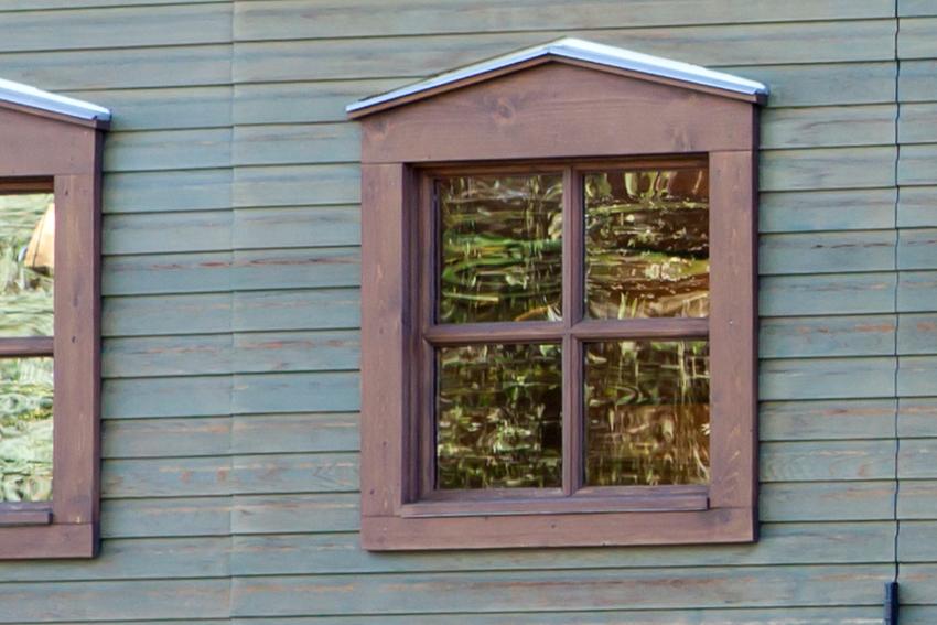 Early American window in Western Red Cedar
