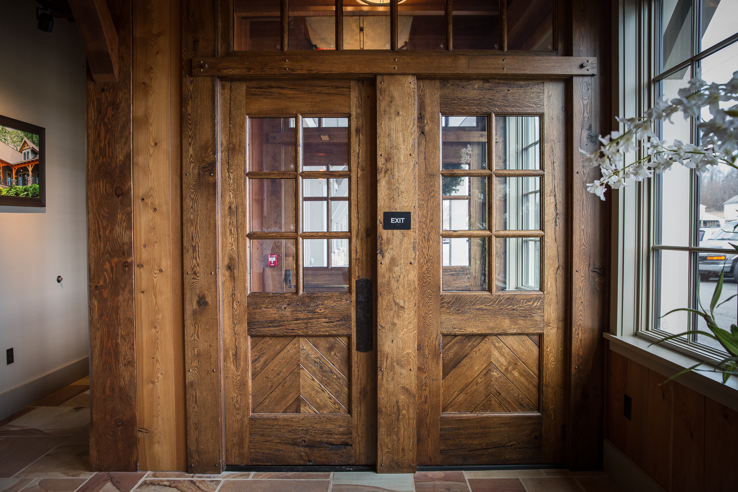 Reclaimed Wood Benefits and Sourcing for Builders - Vintage Millwork and Restoration