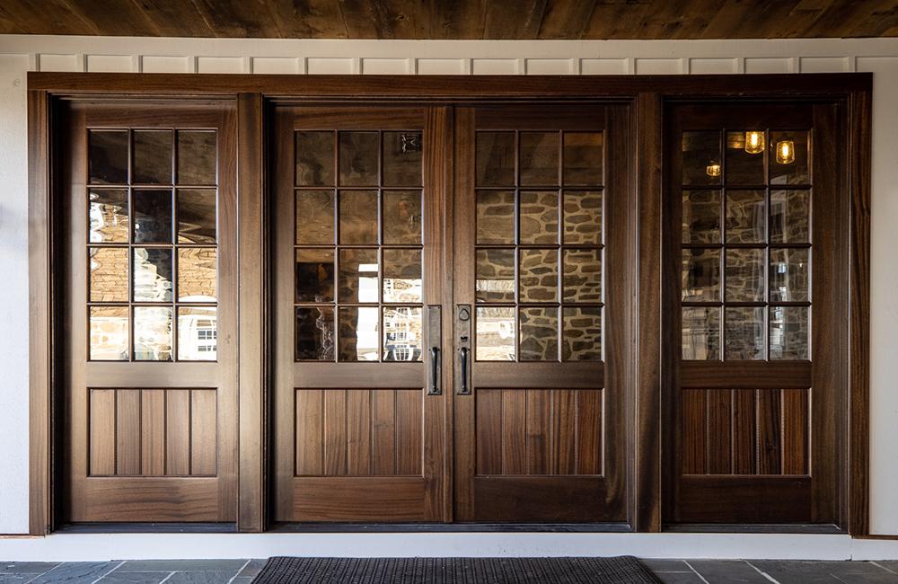 custom-commercial-door-11